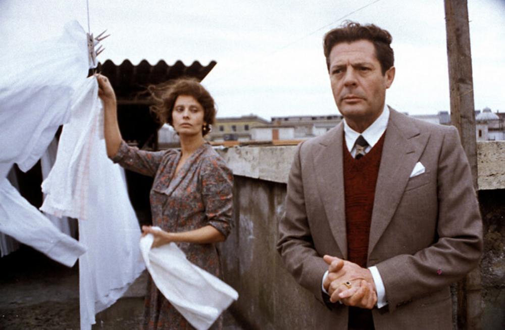 Antonietta e Gabriele in una scena del film